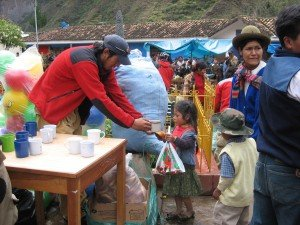 providing hot drinks, meals, toys, and daily essentials to children and families in the Lares Community