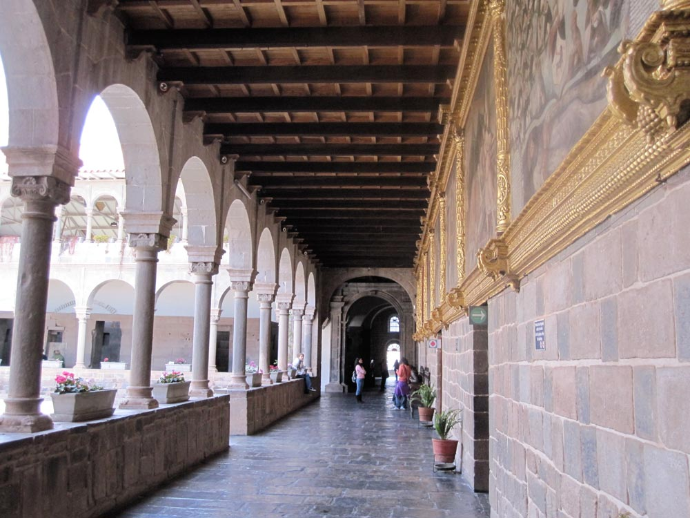 qoricancha santo domingo church on the cusco city walking tour