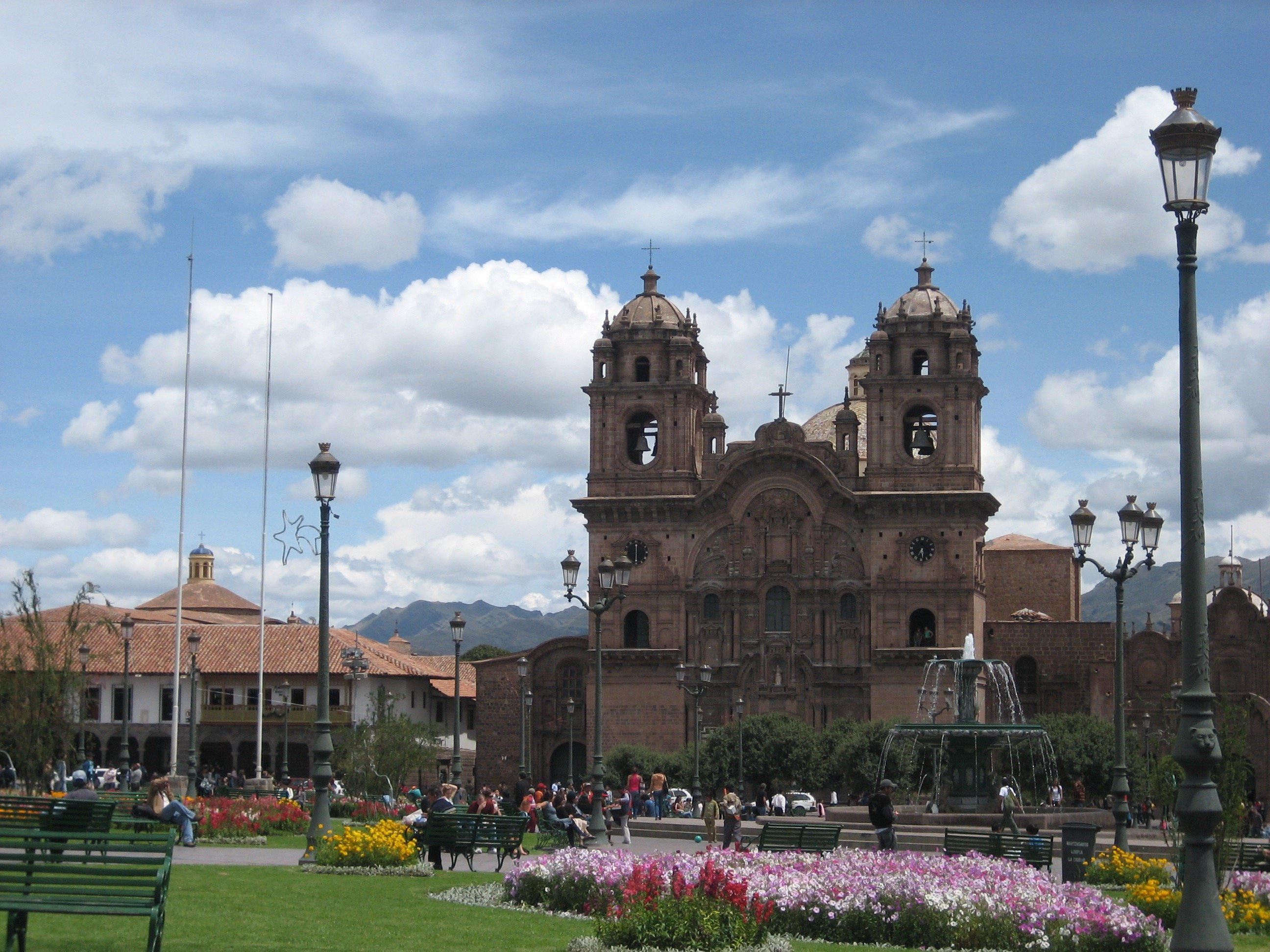 main plaza plaza de armas on the cusco city walking tour