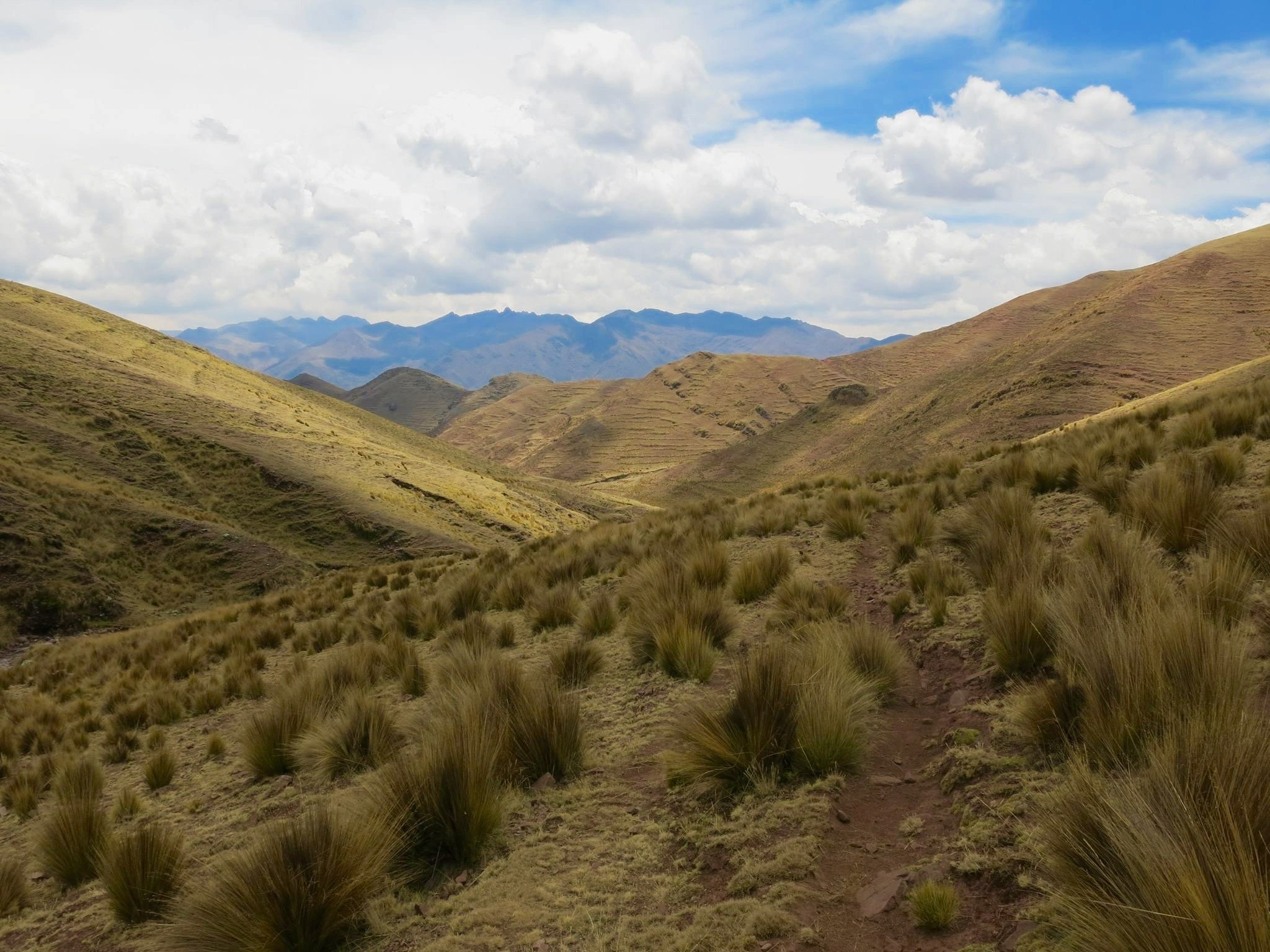 Huchuy Qosqo Trek in cusco peru with killa expeditions