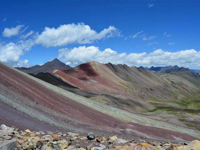 rainbow mountain trek path to machu picchu peru