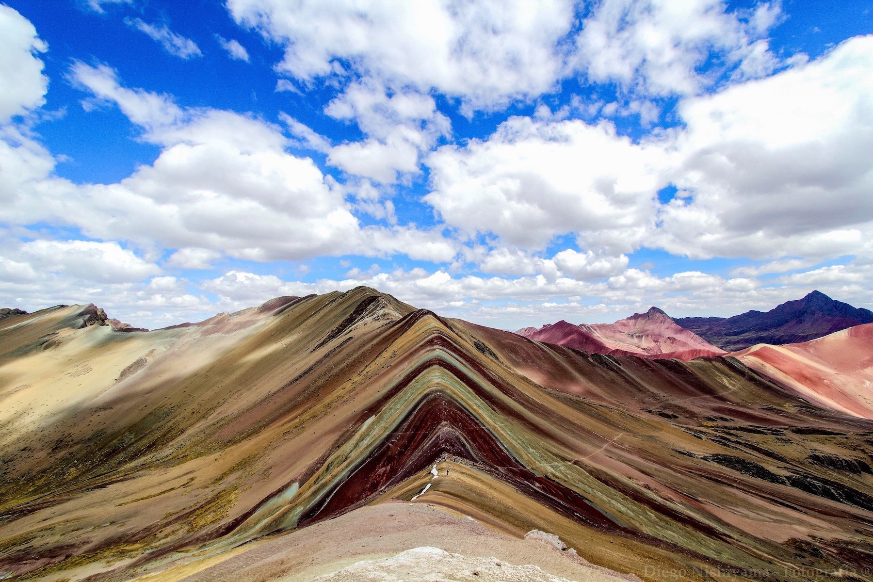 rainbow mountain trek to machu picchu
